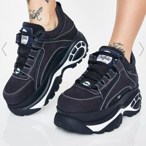 Buffalo London navy blue and white sneakers